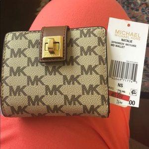 Mikhael Kors MD wallet!